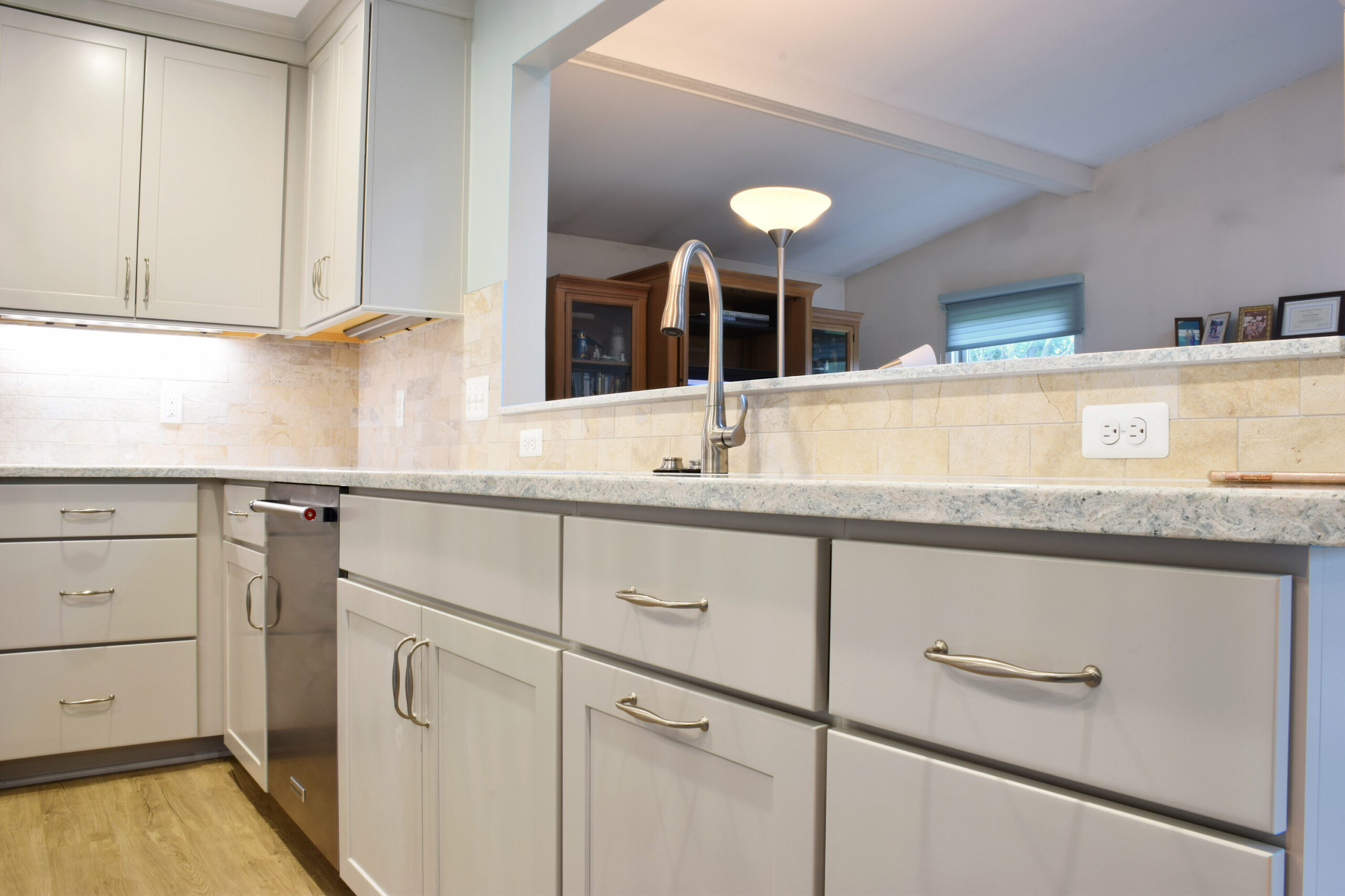 Rochester Hills Kitchen Remodeling Pass Through Close Up