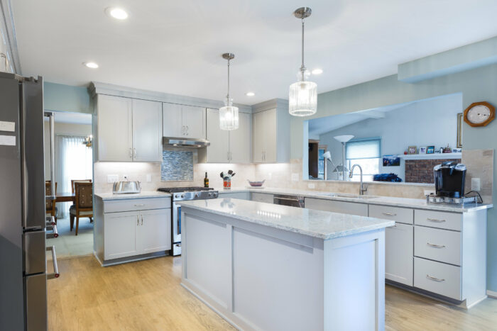 Kitchen Remodeler in Rochester Hills with white cabinets