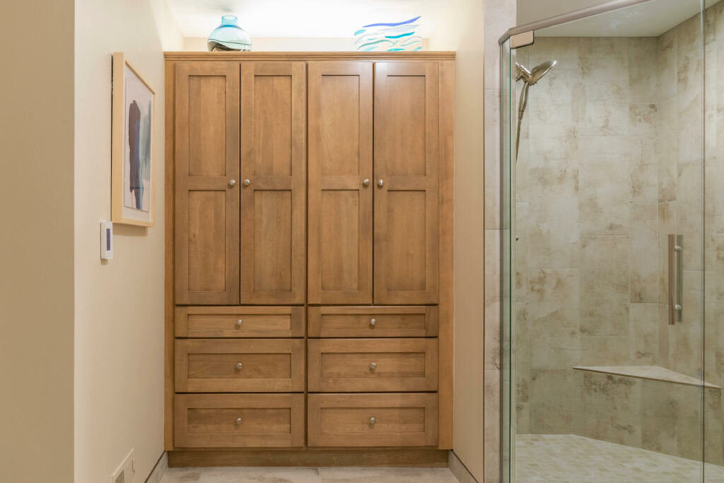 Bathroom Remodeler in Shelby Township with Linen Cabinet